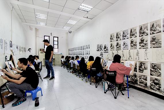 云南高考美术辅导怎么选择