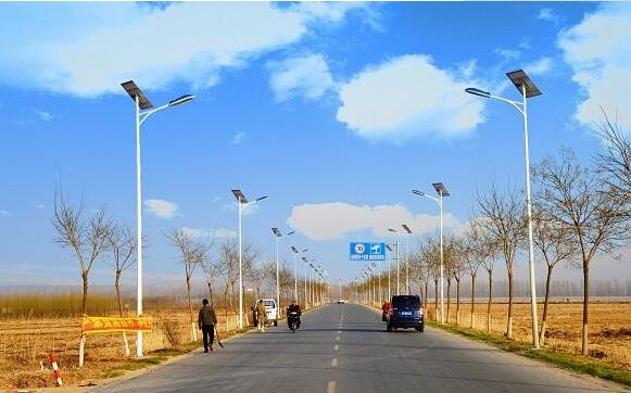 优质新农村太阳能路灯价格图片