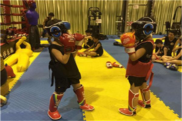 江苏苏州8岁男生爆发力训练营