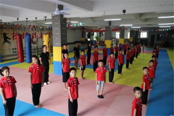 江苏苏州男孩子男生爆发力训练课