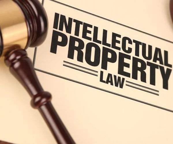 提供免费服务的时间多了,必然压缩律师提供收费服务的时间,也限制了律